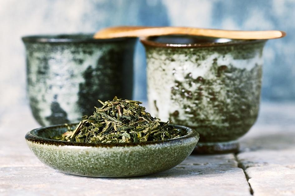 Waarom je toch eens die echte (groene) thee in huis zou halen.