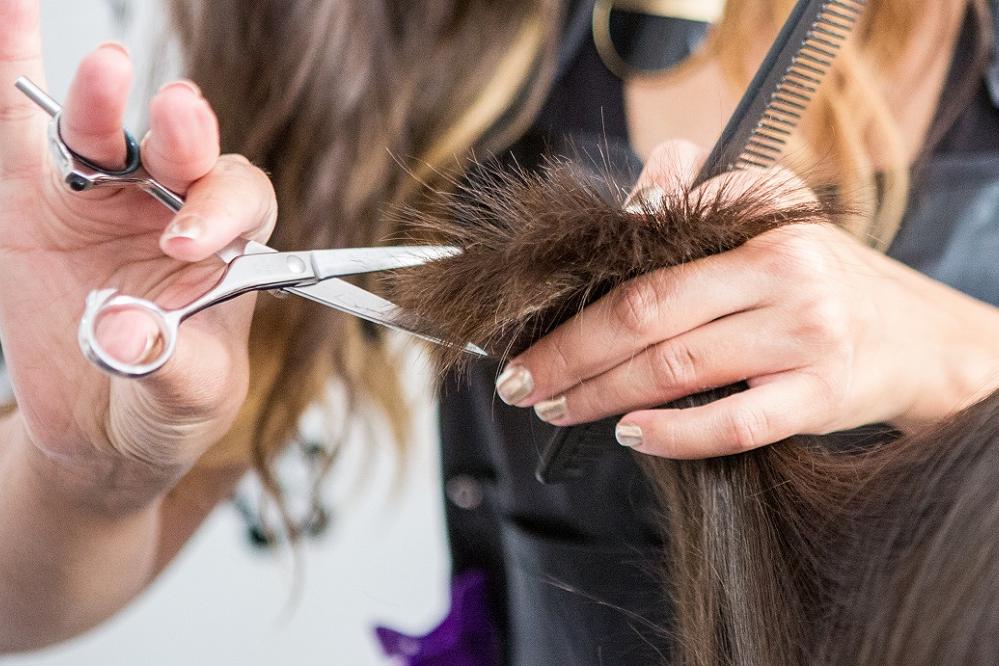 Hoe vaak moet je nu eigenlijk naar de kapper?