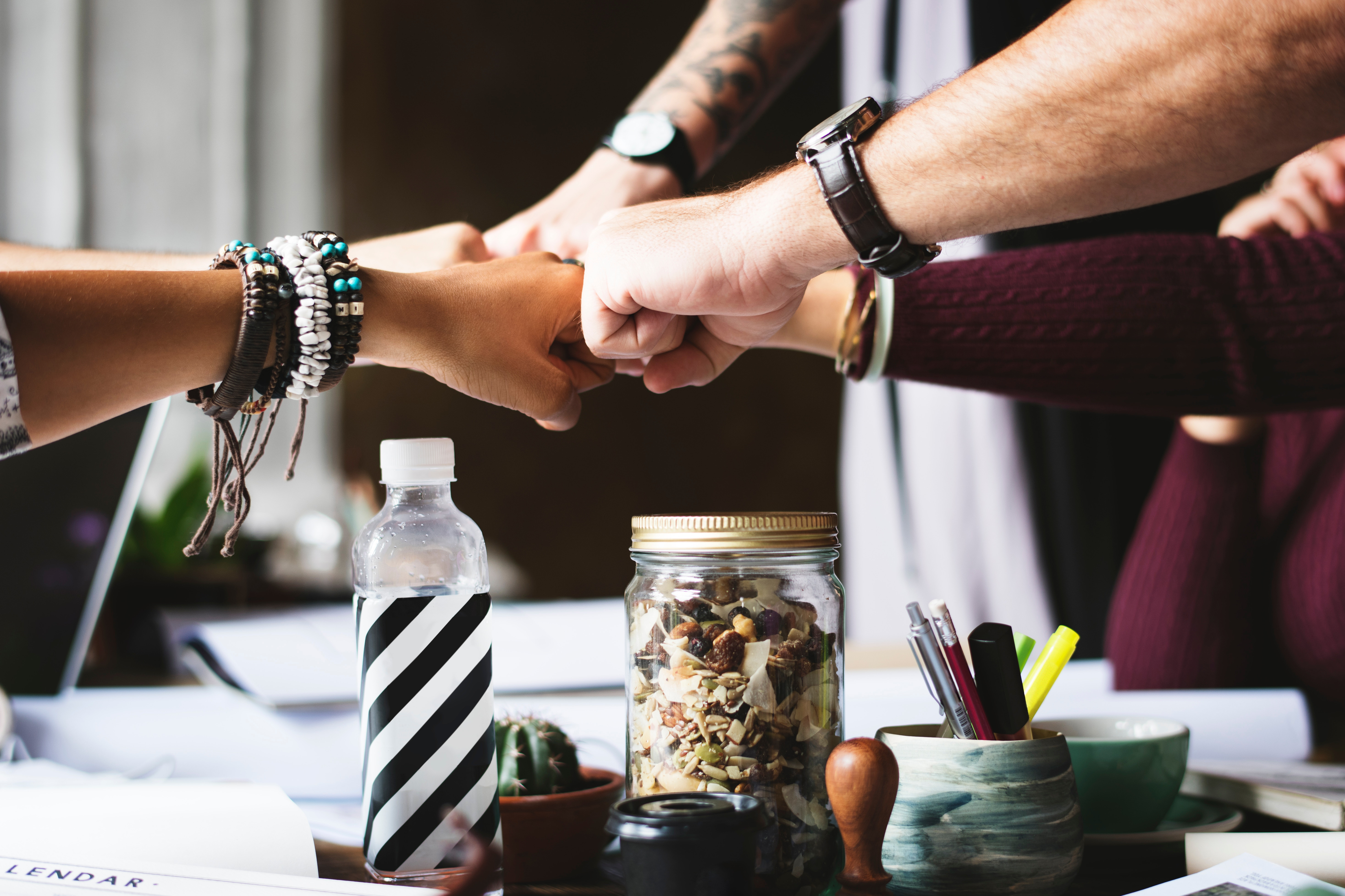 Waarom introverte collega's een plus zijn in een team